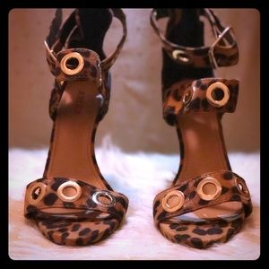 Just fab cheetah print open toe heel